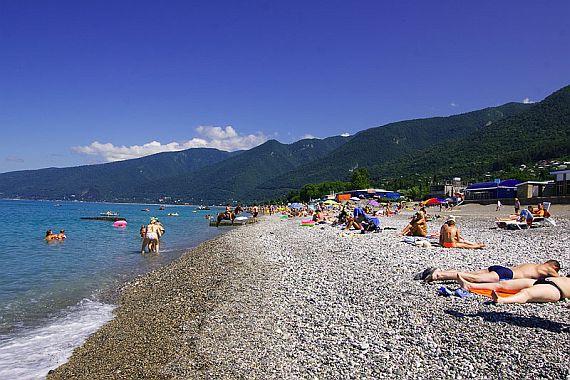 Гагры пляж