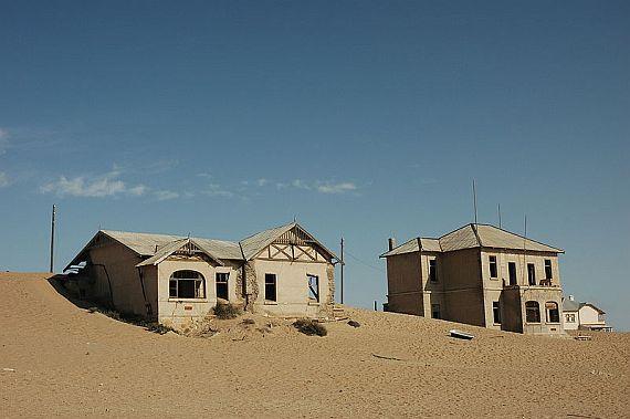 Город призрак Колманскоп в Намибии