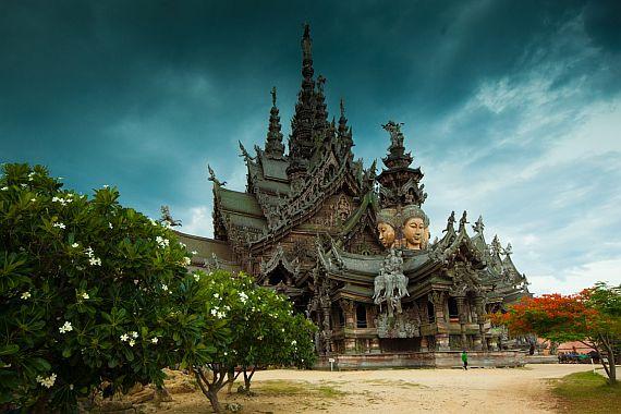 Экскурсии в Тайланде. Храм Истины. Паттайя
