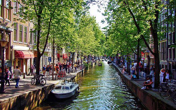 Каналы в Амстердаме
