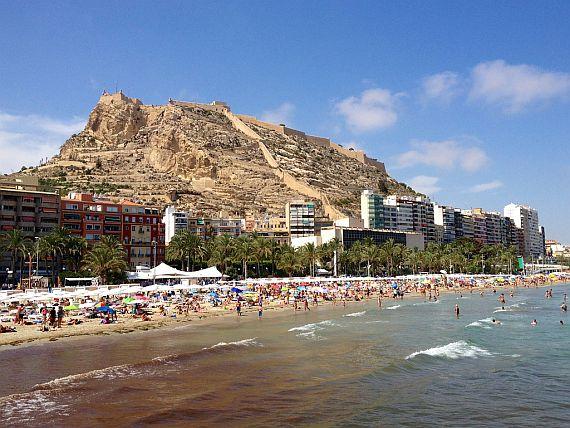 Пляж в Аликанте. Испания