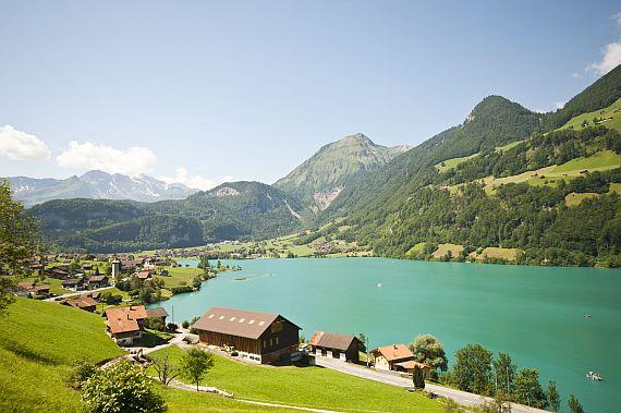 Отдых в Швейцарии летом и зимой