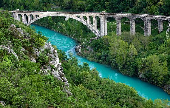 Река Соча в Словении