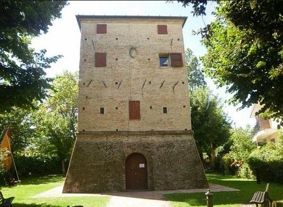Башня Сарацинов