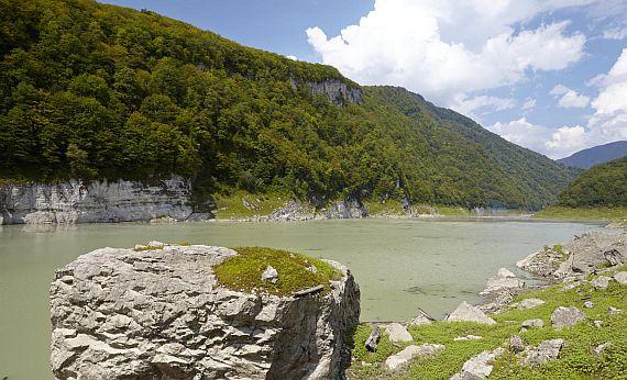 Абхазия озеро Амткел фото
