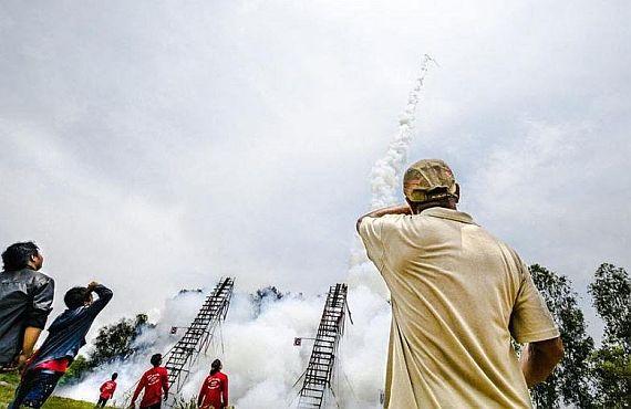 Фестиваль ракет в Ясотхоне