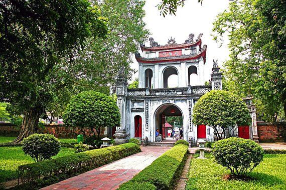 Храм литературы Ханой