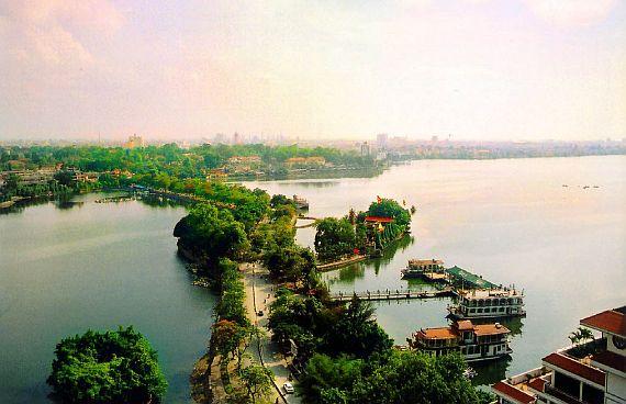 Западное озеро Ханой