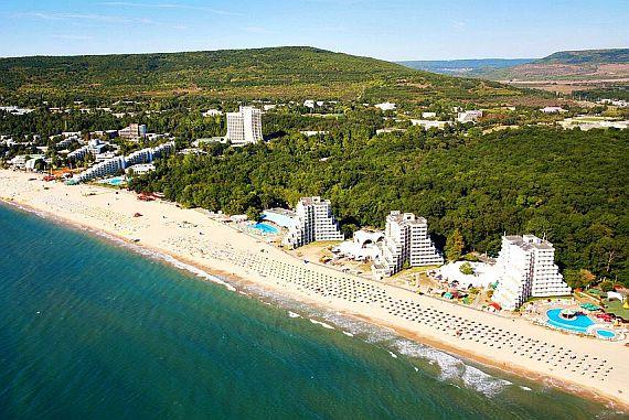 Отдых в Болгарии летом и зимой