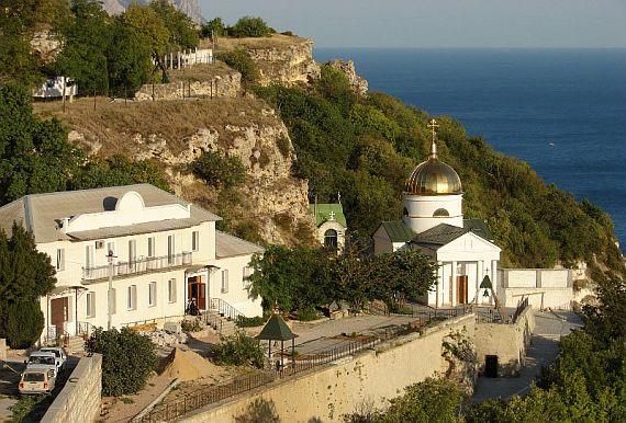 Свято – Георгиевский монастырь