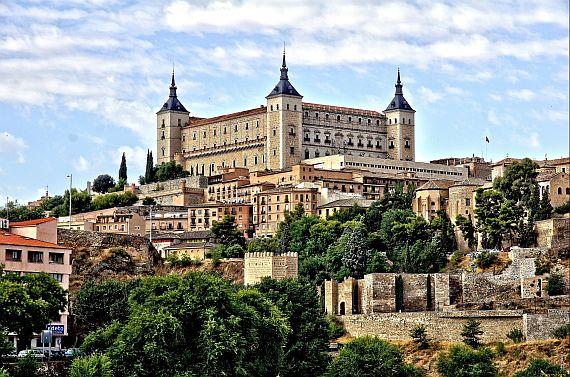 Замок Алькасар в Испании