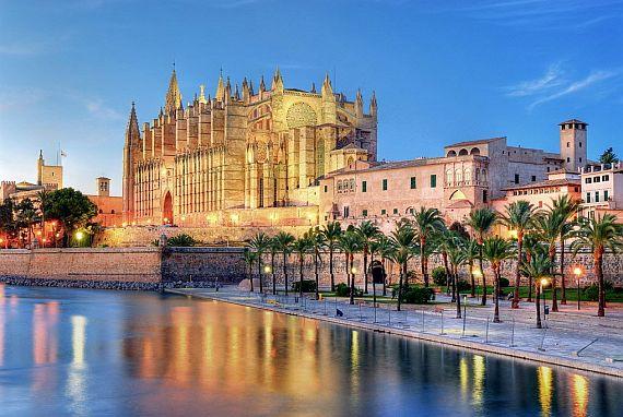 Разнообразный отдых в Испании