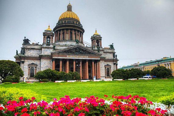 Почему каждому нужно посетить Петербург