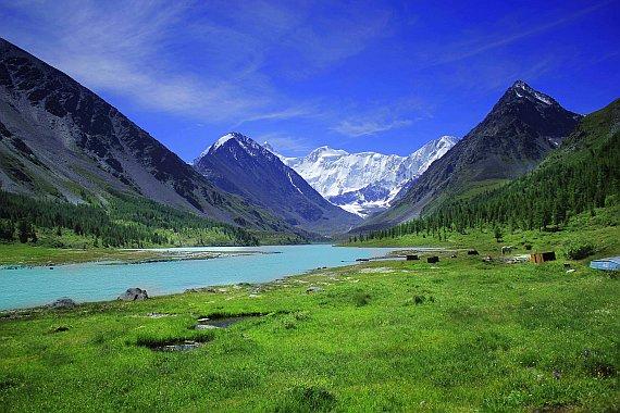 Отпуск летом. Почему в Горный Алтай