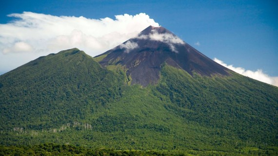 Вулкан Улавун
